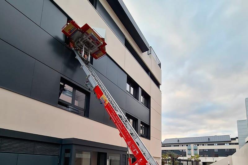 Mudanza de vivienda particular con elevador montacargas